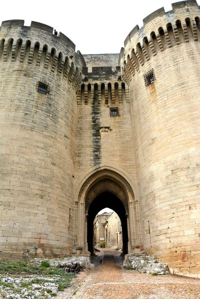 中世の繁栄を今に残す「サンタンドレ要塞」