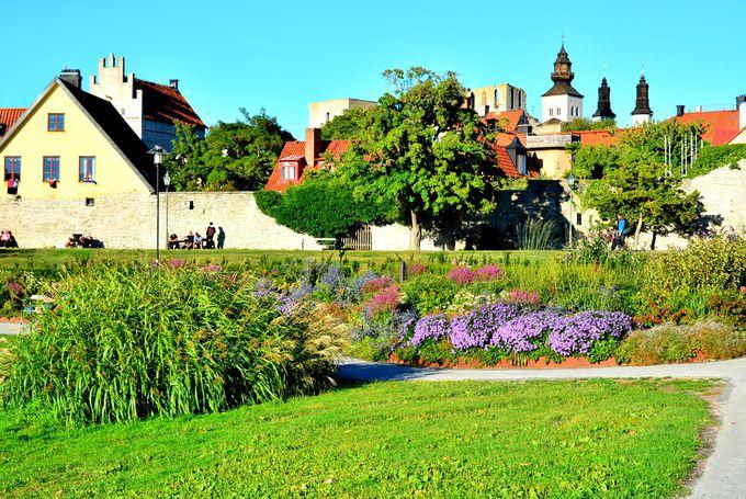 美しい公園「アルメダーレン」は市民の憩いの場