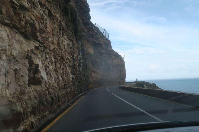 景色の爽快な、ケープ半島のドライブ