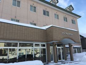 網走駅近!トレインビューの客室がある鉄宿「ホテルサンアバシリ」