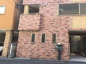大阪で暮らすように滞在できる駅近の宿「阿波座ハウス」