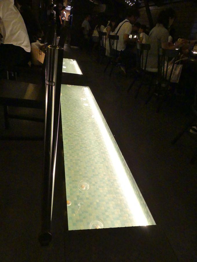 ランタン入りのパフェやドリンクを出す「パフェ専門店Lamp」