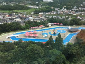 夏はイルカ体験もプールも!「みさき公園」は大阪市内から好アクセス