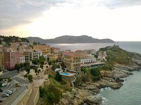 フランス人が誇るあの有名人の生まれ故郷、コルシカ島の見所