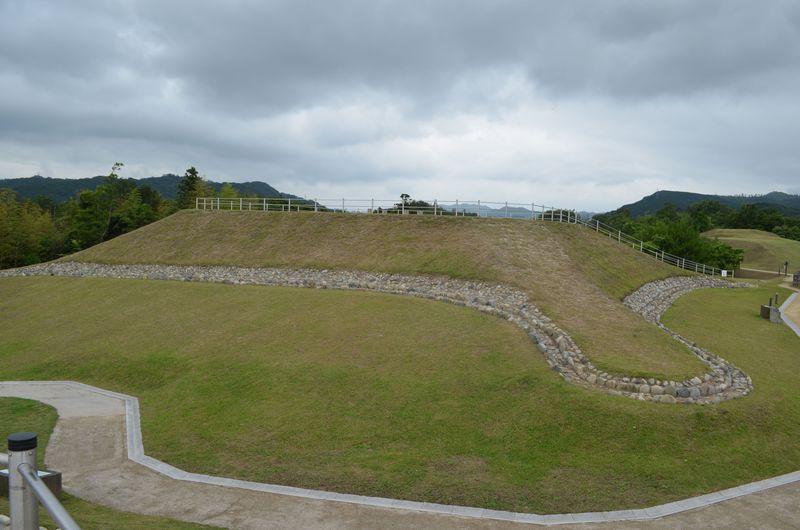 卑弥呼の時代に造られた出雲独自の古墳、島根県「西谷古墳群」