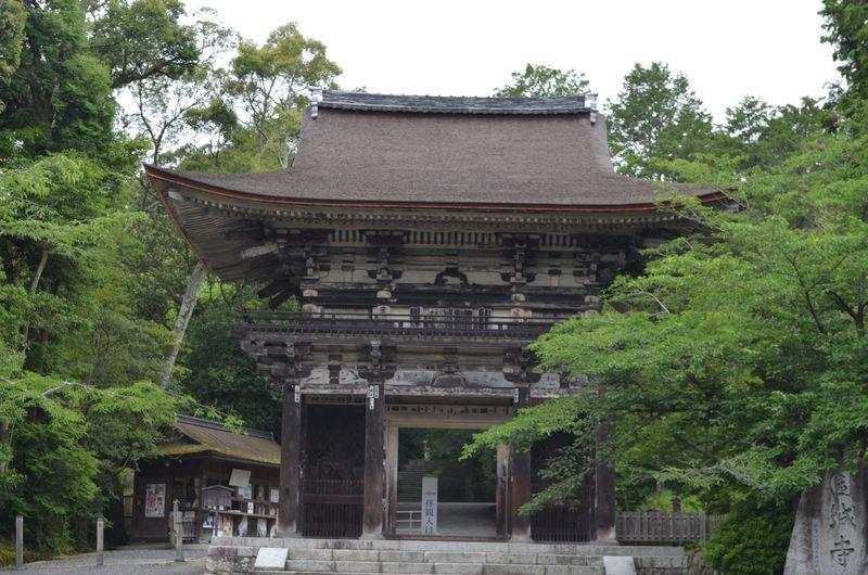 """大人の知的スポット、滋賀「三井寺」は""""人""""を中心に見ると面白い!"""