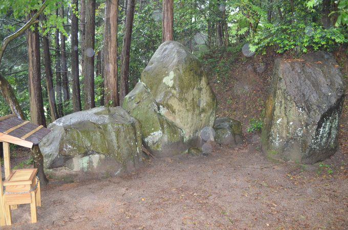 黄泉の国との境界〜千引きの岩〜