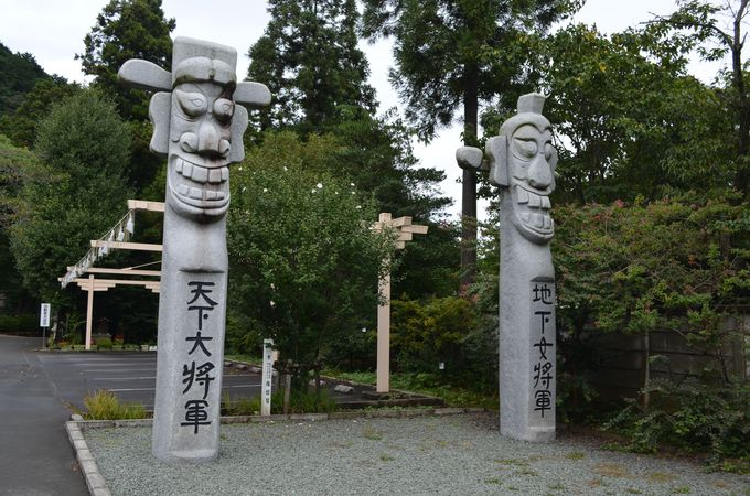 高麗神社の見どころ〜三足烏・導御守〜