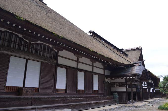 "東京で古刹体験〜""茅葺""屋根の貴重な建物〜"