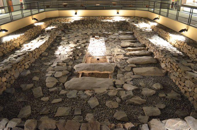 竪穴式石室は日本最大規模