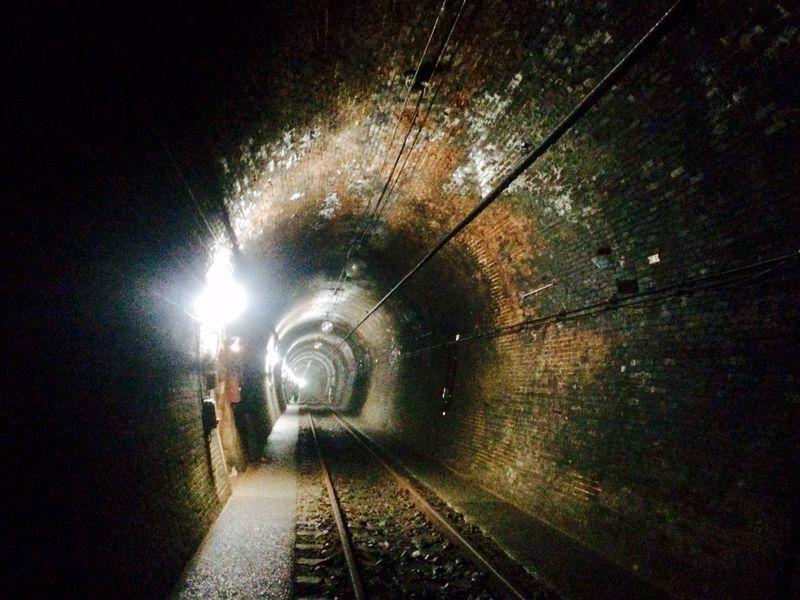 明治の面影残る鉄道トンネル!山梨「大日影トンネル」を歩いてみよう。