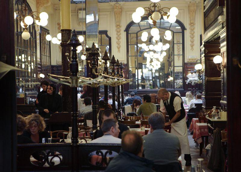 パリのお手頃フレンチ!大人気の大衆食堂「シャルティエ」