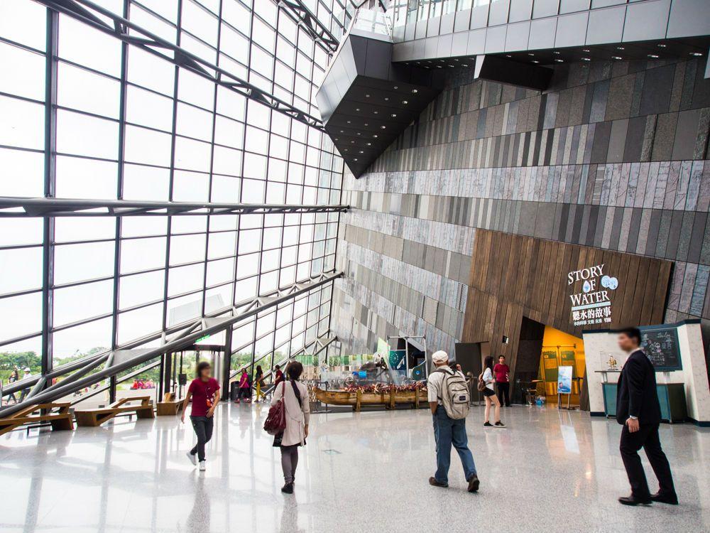 斜め空間にいるような錯覚が楽しめる蘭陽博物館