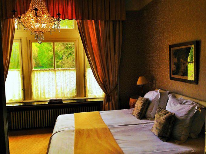 客室はヨーロピアンクラシックな豪華な設え