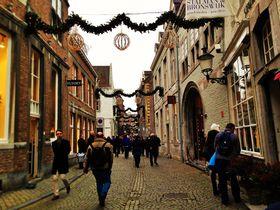 世界一美しい本屋とクリスマスを楽しむ!蘭・マーストリヒト
