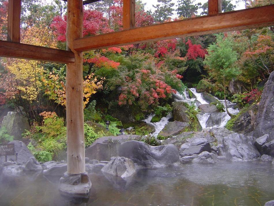 絶叫マシンに温泉、高級ホテルもある 三重県「ナガシマリゾート」