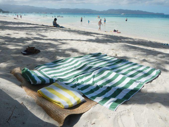 眼前に広がる美しきホワイトビーチを楽しもう!