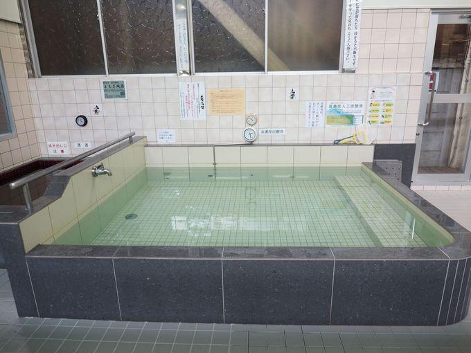 露天風呂と炭酸泉がとにかくデカイ
