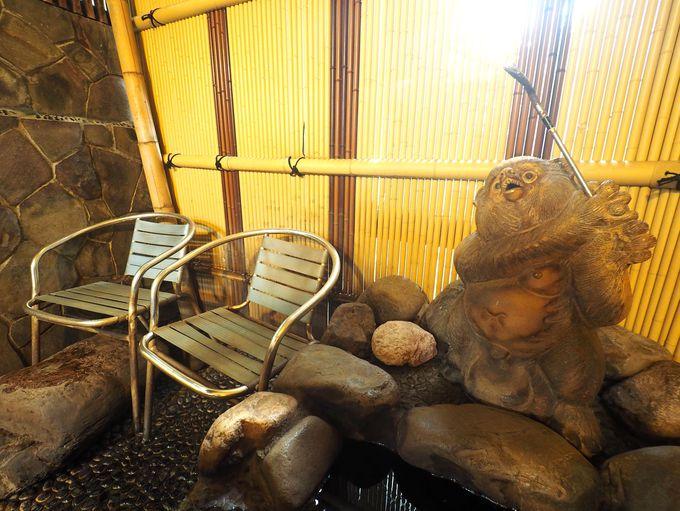 なんと手作り! 雰囲気満点の温泉露天風呂