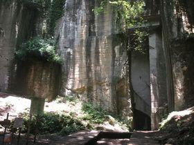 群馬県太田市の隠れた産業遺産!藪塚石切り場跡