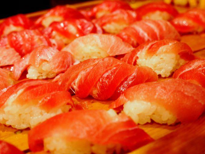 海の幸満載のビュッフェでは、名物静岡おでんも食べ放題!