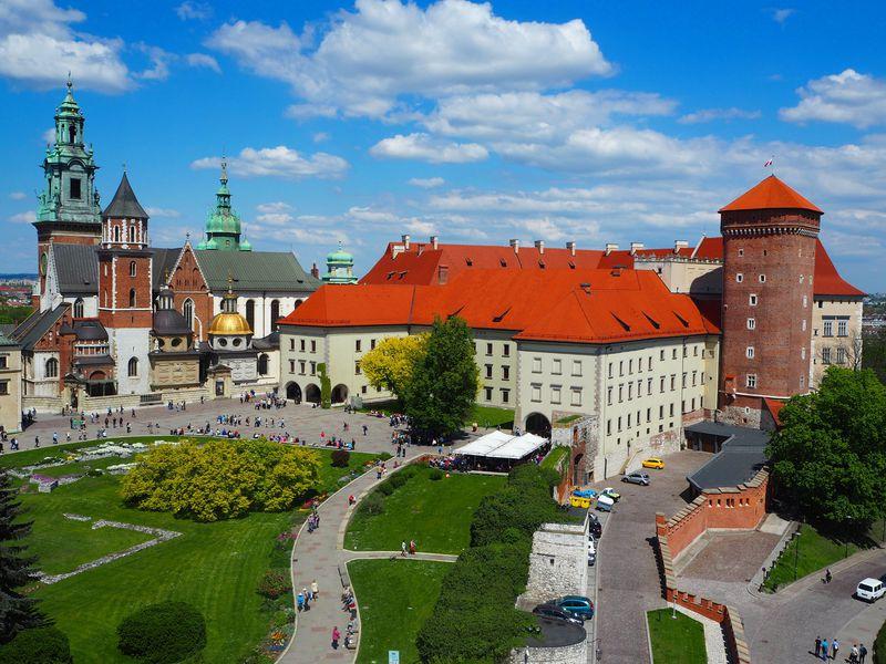 ポーランド旅行のおすすめプランは?費用やベストシーズン、安い時期、スポット情報などを解説!