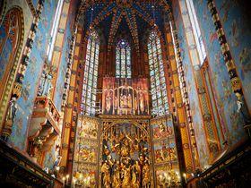 世界遺産ポーランドの京都「クラクフ」を満喫!必見の聖マリア教会から、ヴァヴェル城、ショパンまで