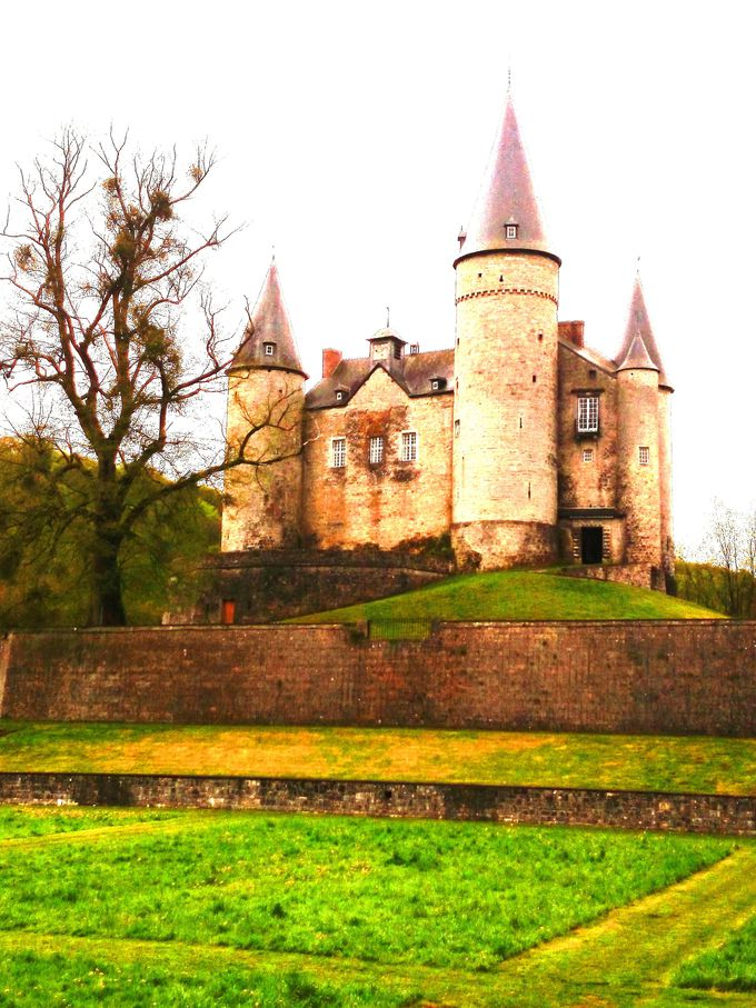城内は、案内書片手に自由見学