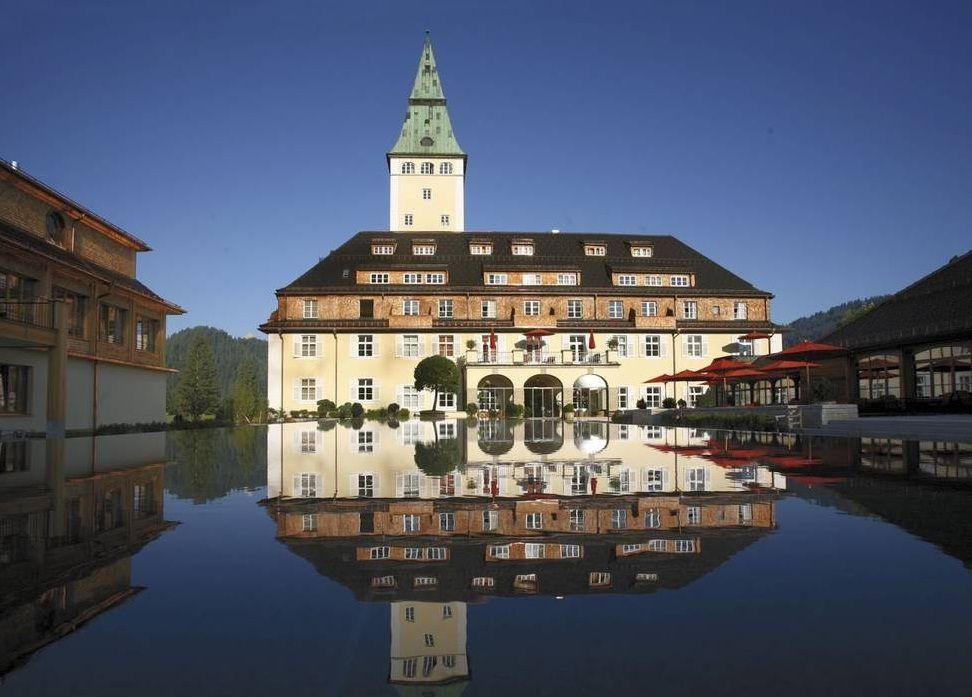究極の隠れ家リゾートでプチ・セレブ気分!南ドイツ「シュロス エルマウ」