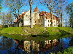 隠れ家のような古城ホテル 北ポーランド「クロコヴァ城」へ