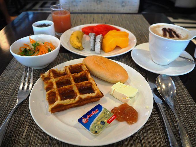 選ぶのもひと苦労!一日の始まりはリッチな朝食ブッフェで