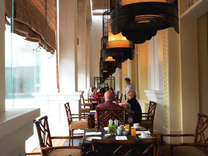 洋あり、フォーあり、中華あり、お楽しみの朝食ブッフェ。