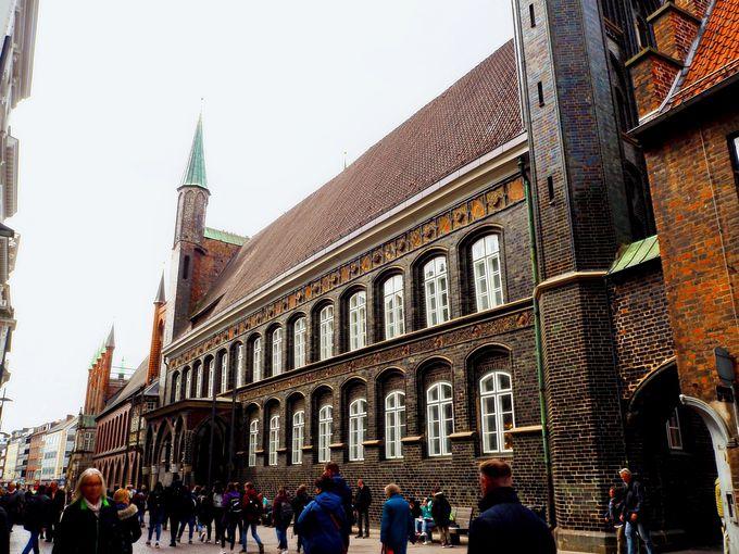 「市庁舎」は、ぜひガイドツアーで!