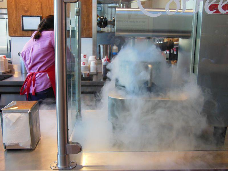 サンフランシスコで新旧アイスクリーム対決!超こだわりVS超定番