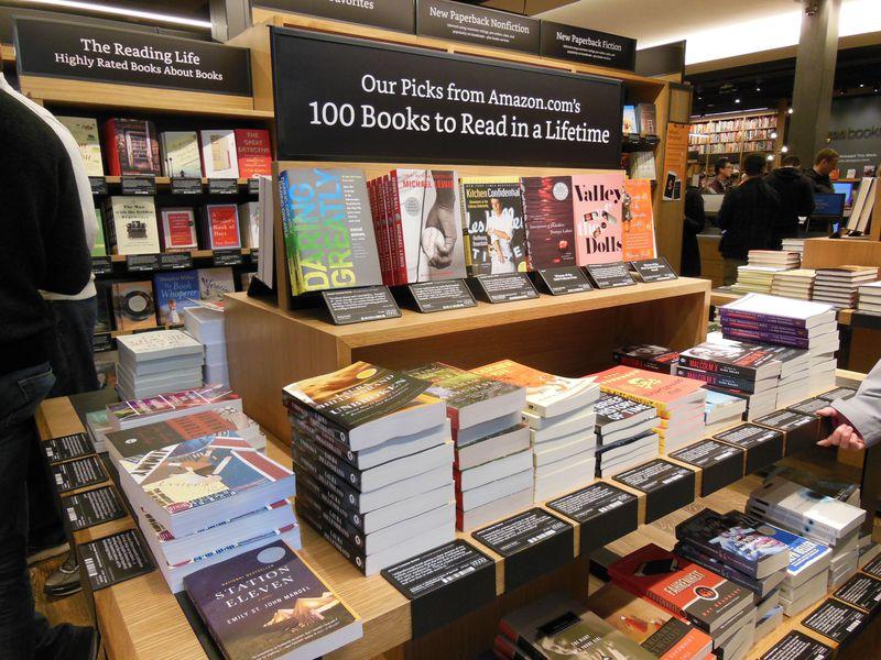 シアトルの新名所 アマゾン初の実店舗 amazon books アメリカ