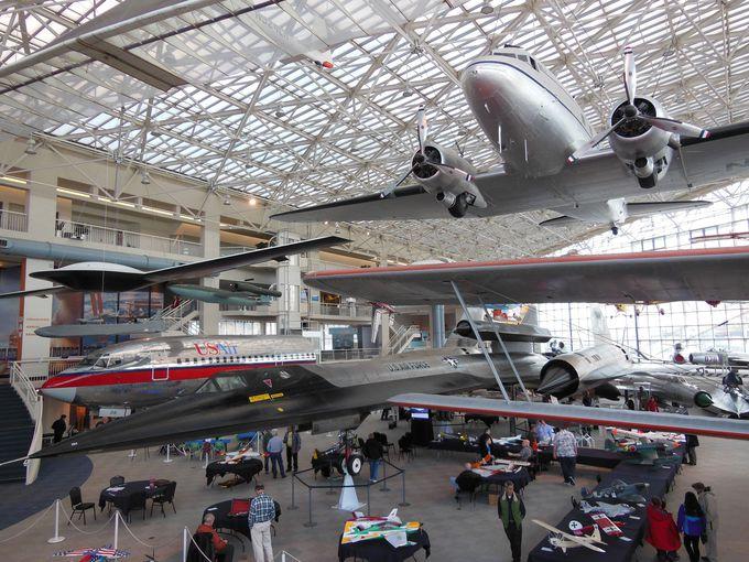 航空博物館にずらり、150機以上の飛行機!