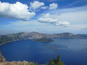 全米一深い湖「クレーターレイク」の例えようもなくピュアな世界