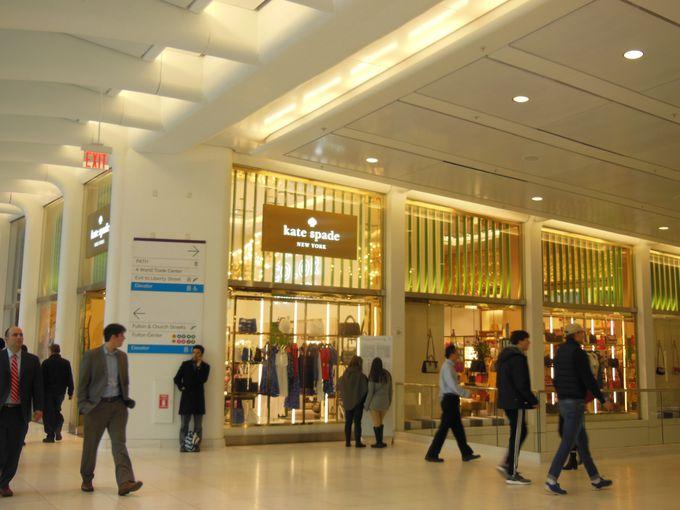観光客にも地元民にも人気のショッピング・センター