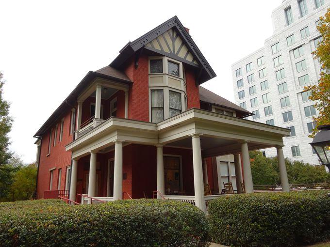 マーガレット・ミッチェルが「ぼろ屋」と名付けたアパート