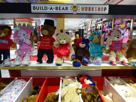 ニューヨーク最大の老舗おもちゃ屋「FAOシュワルツ」に遊びにいこう!