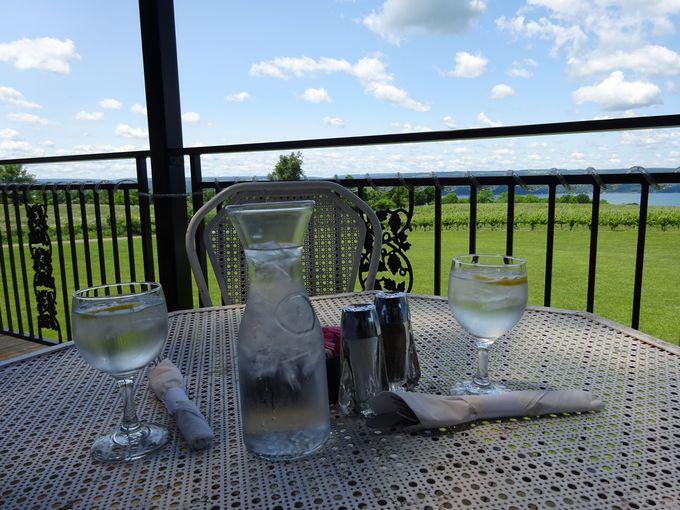 食事も風景も楽しめる「ワグナー・ビンヤード・ワイナリー」