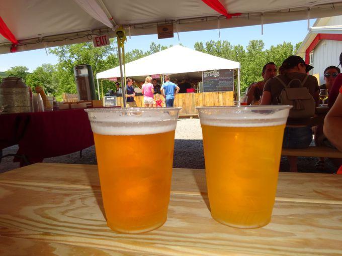 青空の下で出来立てビールを!「イサカビール工場」