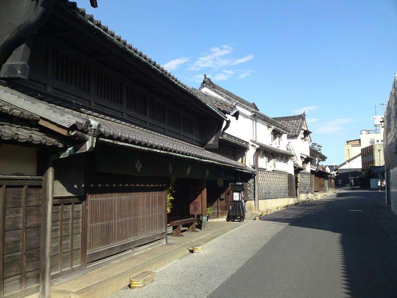 宿場町の雰囲気が色濃く残る 旧東海道の有松宿