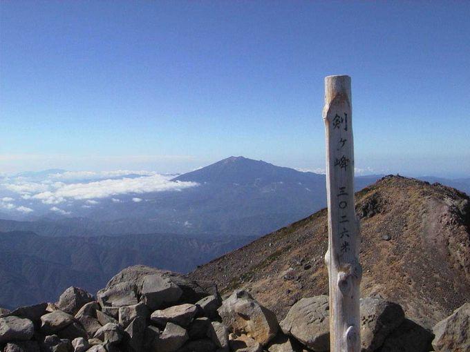 やりました!3026メートルの乗鞍岳剣ヶ峰山頂です☆