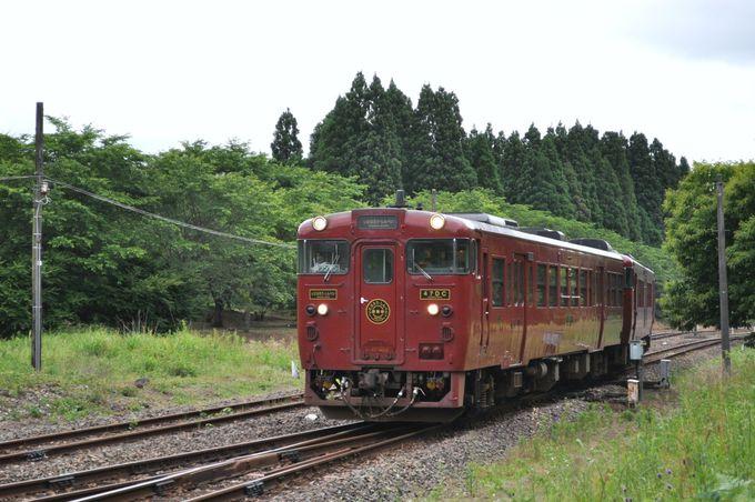 肥薩線の観光列車 いさぶろう・しんぺい号