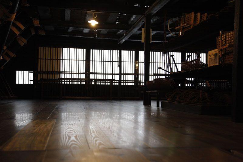 国指定重要文化財「和田家」では、合掌造りの家に実際に入ることができます