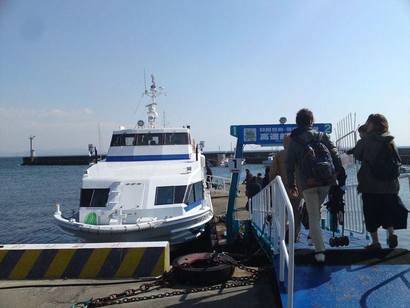 細い路地を歩いて巡る、愛知の離島「篠島」への小旅行