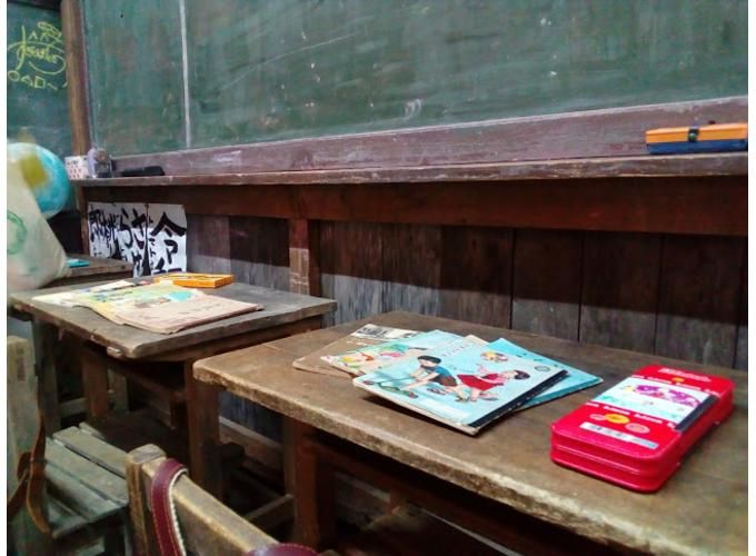 教室内では、実際に給食も食べられる!?