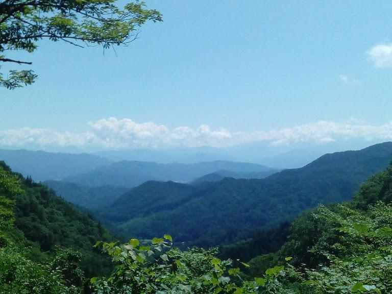 展望台からのごほうび 北アルプスの美しい風景