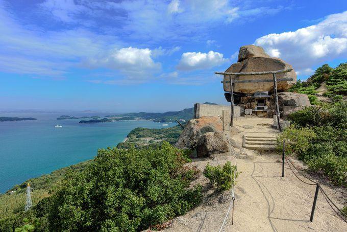 奇岩「小瀬の重岩」は小豆島で注目のパワースポット